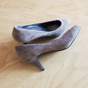 Jessica Simpson tan suede heels shoes size 7